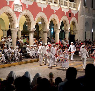 Valladolid Fabuloso Tesoro Maya Colonial